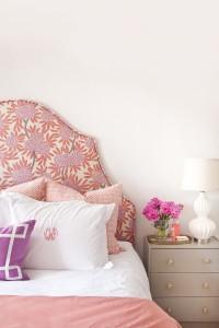 quarto com cabeceira florar