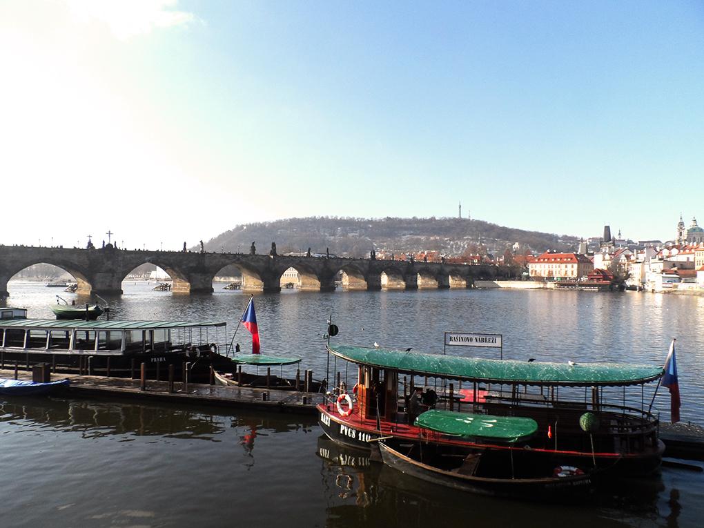 praga-carlov-most