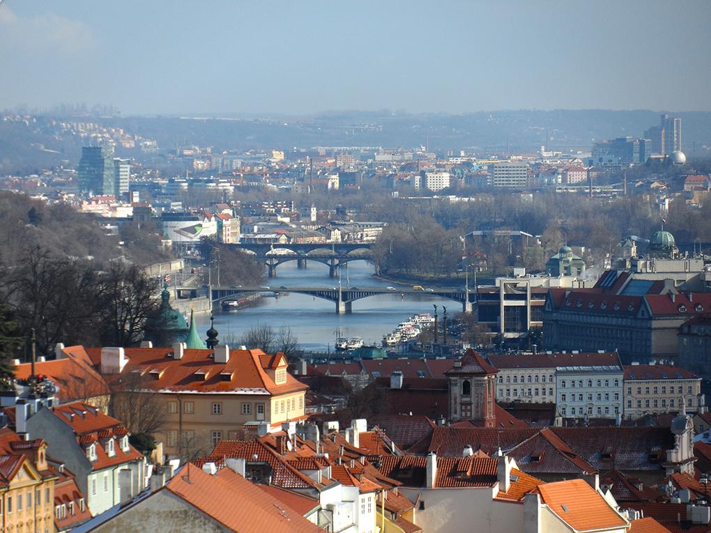 praga-skyline-pontes