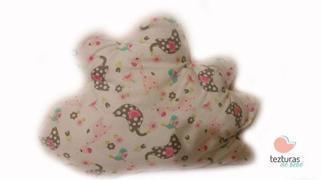 almofada-nuvem-menina