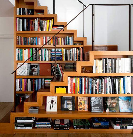 prateleiras-escadas-livros-1
